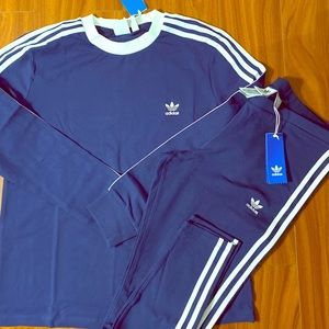 🍕Adidas 2pc. navy blue outfit NWT🍕